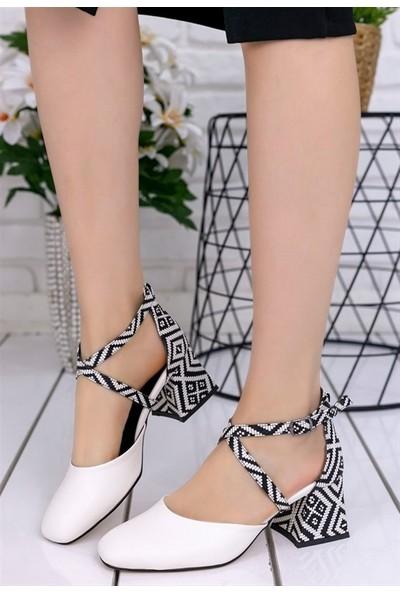 8Stil Londa Beyaz Cilt Kilim Detaylı Ayakkabı