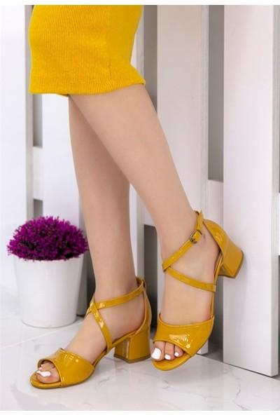 8Stil Sherry Hardal Rugan Topuklu Ayakkabı