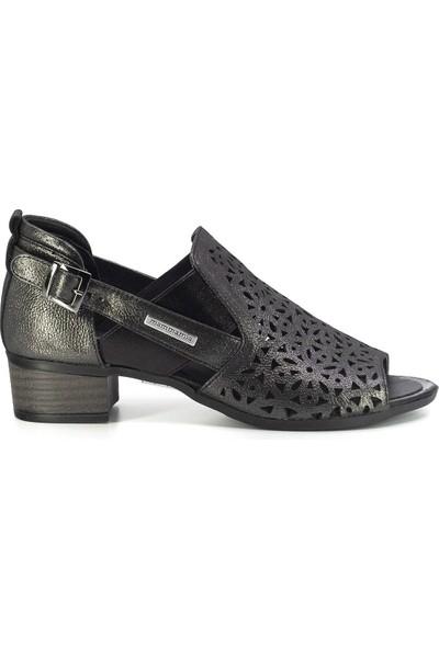 Mammamia D20Ya-3345 Kadın Deri Sandalet Platin