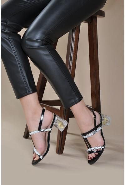 Vizon Kadın Siyah Klasik Topuklu Ayakkabı VZN20-069Y