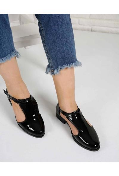 Doriys Siyah Rugan Köprü Kemer Kadın Ayakkabı