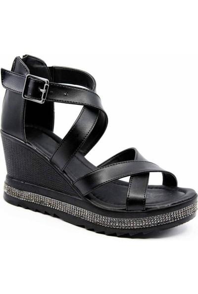 Genette Siyah Cilt Dolgu Topuk Kadın Sandalet