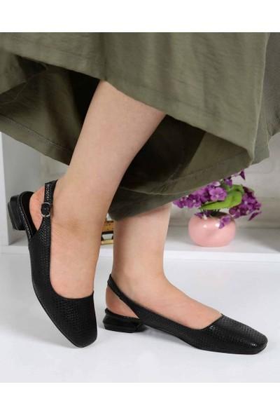 Laquisha Siyah Küt Burun Hasır Doku Kadın Ayakkabı