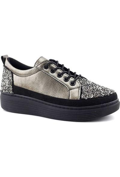 Saçma 311 Kadın Günlük Ayakkabı Platin Kırışık