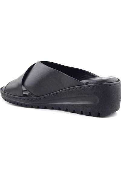 Ekinci 043 Hakiki Deri Kadın Sandalet Siyah