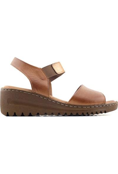 Ekinci 031 Hakiki Deri Kadın Sandalet Taba