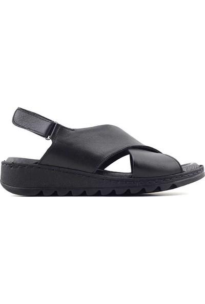 Ekinci 019 Hakiki Deri Kadın Sandalet Siyah