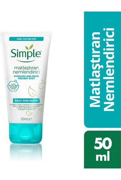 Simple Daily Skin Detox Yağlı/Karma Ciltler İçin Sert Kimyasalsız & Kekik Özü İçeren Matlaştırıcı Nemlendirici 50 ML