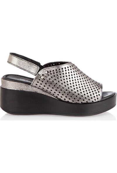 Celal Gültekin 1402 Kadın Sandalet Çelik