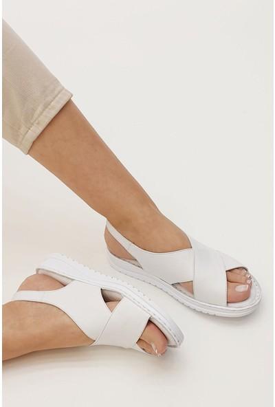 Marjin Butage Düz Sandalet