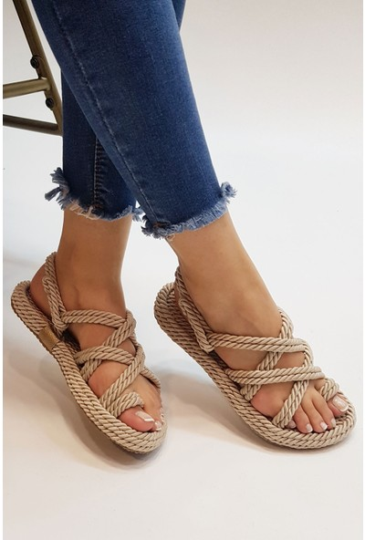Marjin Kevi Düz Sandalet