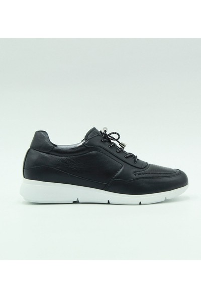 Turgutlar Stella Günlük Deri Kadın Ayakkabı 20200 Siyah