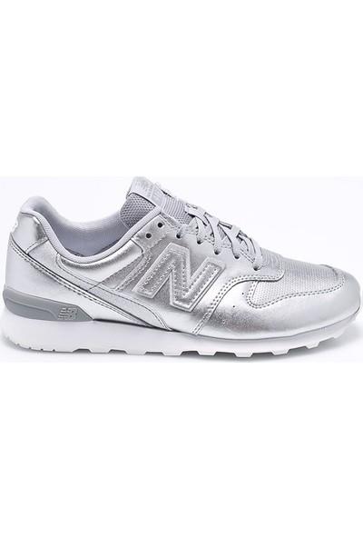 New Balance 996 Gümüş Kadın Spor Ayakkabı
