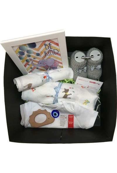 Mutlu Gün Marketi Konsept Doğum Bebek Kutusu Bambi Figürlü İçerik 2