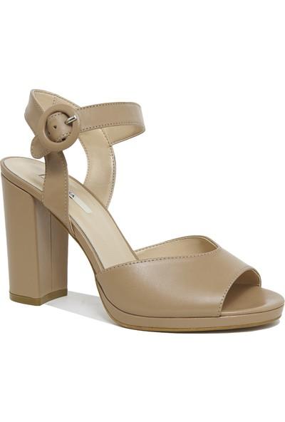 Desa Nydrinia Kadın Deri Sandalet