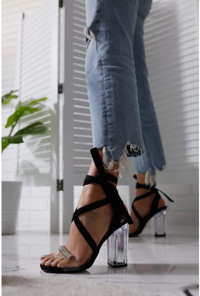 Limoya Bailee Siyah Süet Çapraz Detaylı Bilekten Bağlamalı Şeffaf Bantlı Şeffaf Ökçeli Sandalet
