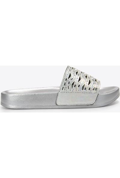 Vizon Kadın Beyaz-Gümüş Terlik VZN20-140Y