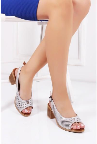 Deripabuc Hakiki Deri Beyaz Simli Kadın Deri Sandalet Dp26-4612