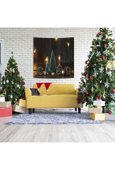 Henge Yılbaşı Noel Süs Ağacı ile Çam Kozalakları Parlak Süslü Duvar Örtüsü