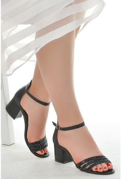 Ayakland Kadın Sandalet 038