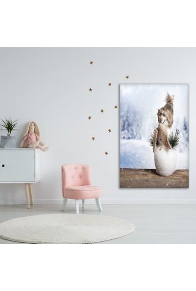 Henge Yılbaşı Temalı Kardan Adam Kar Tanesi Beyaz Duvar Örtüsü