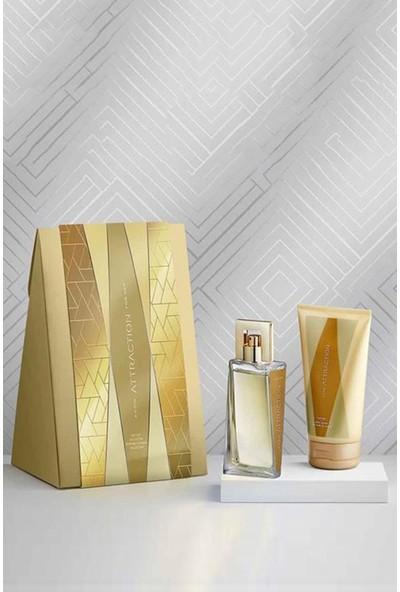 Avon Attraction Kadın Parfüm ve Vücut Losyonu Hediye Paketi