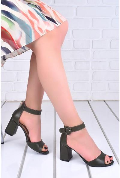 Ayakland 1218 Cilt 7 Cm Topuk Kadın Topuklu Sandalet