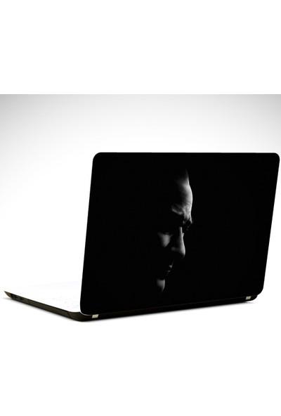 Dekolata Atatürk Portresi Siyah Laptop Sticker