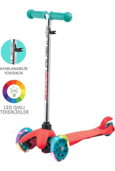 Triathlon T138 7 Renk LED Işıklı 3 Tekerlekli Yükseklik Ayarlı Scooter - Kırmızı
