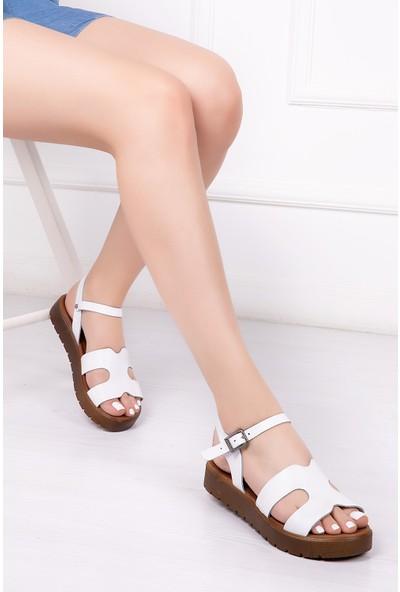Tarçın Deri Günlük Beyaz Kadın Sandalet TRC61-1015