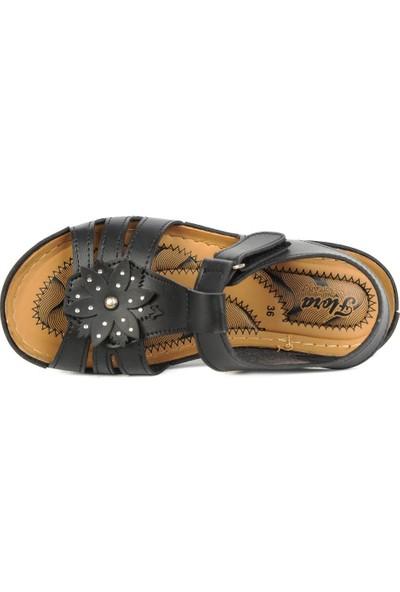 Daye 18500 Siyah Cırtlı Günlük Rahat Yazlık Kadın Sandalet