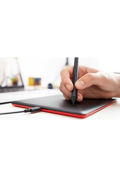 One By Wacom Small 8.3 x 5.7inç Yüksek Hassasiyetli Grafik Tablet (CTL-472)