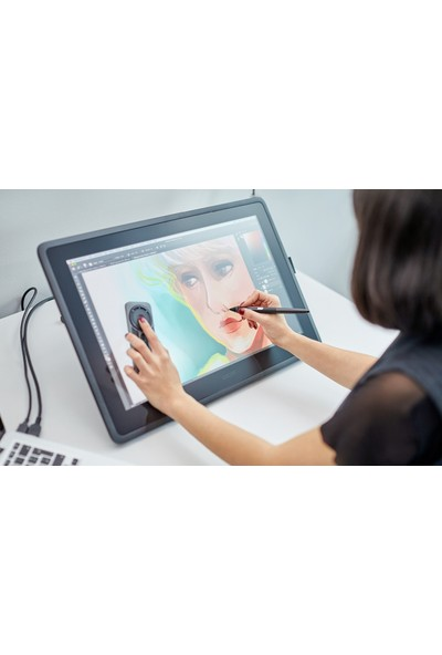 """WACOM CINTIQ DTK2260K0A 21.5 """" 1920 x 1080 (Full HD) 8192 Kalem Basınç Hassasiyetli Profesyonel Grafik Tablet + Ayarlanabilir Stand + Kablosuz ve Pilsiz Kalem"""