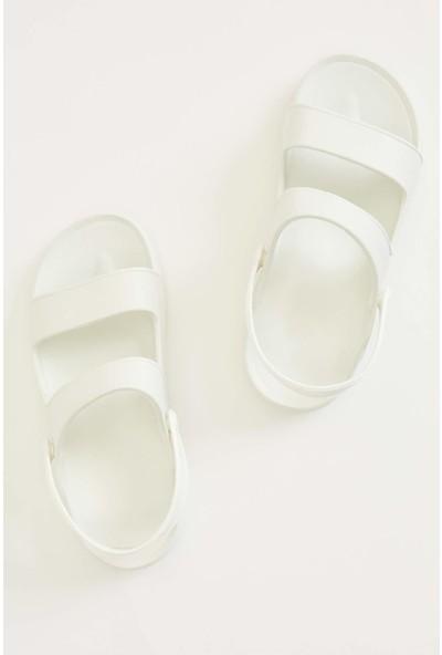 DeFacto Çift Bant Sandalet