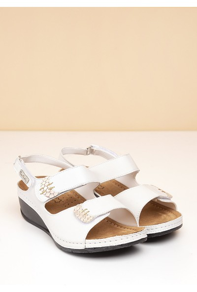 Pierre Cardin Kadın Sandalet Pc-1327-3580-16645629 19-Beyaz