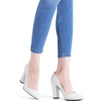Erbilden Erb Beyaz Rugan Bayan Kalın Topuklu Ayakkabı