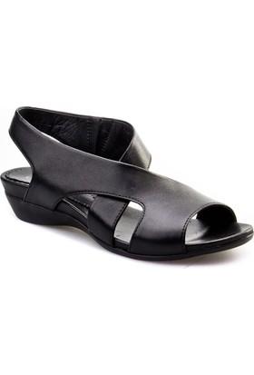 Cabani Çapraz Bağ Günlük Kadın Sandalet Siyah
