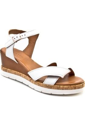 Cabani Tokalı Dolgu Topuk Günlük Kadın Sandalet Beyaz Deri