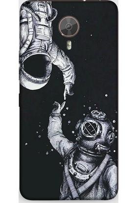 Dynamics General Mobile Gm5 Plus Kılıf Astronot Aşk Desenli Kılıf