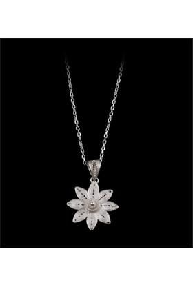 Akyüz Gümüş Yıldız İşlemeli Telkari Gümüş Kolye Klt029