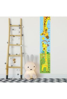 DekorLoft Anne ve Yavru Zürafa Boy Ölçer Sticker DBC03 Sarı