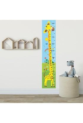DekorLoft Yavru Zürafa Boy Ölçer Sticker DBC1 Sarı