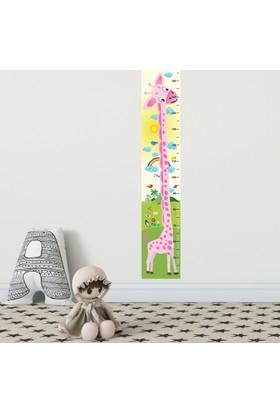 DekorLoft Yavru Zürafa Boy Ölçer Sticker DBC01 Pembe