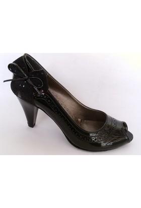 Punto Siyah Topuklu Bayan Ayakkabı