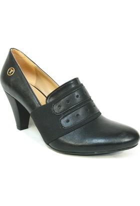 Topuz 504 Siyah Deri Topuklu Bayan Ayakkabı