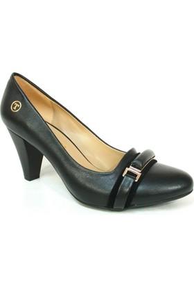 Topuz 073 7 Siyah Deri Topuklu Bayan Ayakkabı
