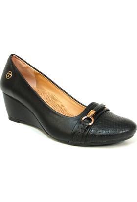 Topuz 049 Siyah Deri Dolgu Topuk Bayan Ayakkabı