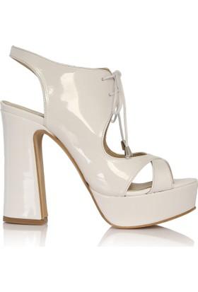 EsMODA Cc-1132 Beyaz Rugan Platform Topuklu Ayakkabı