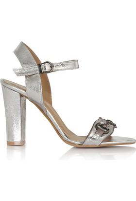 EsMODA Cc-910 Gümüş Parlak Klasik Topuklu Ayakkabı