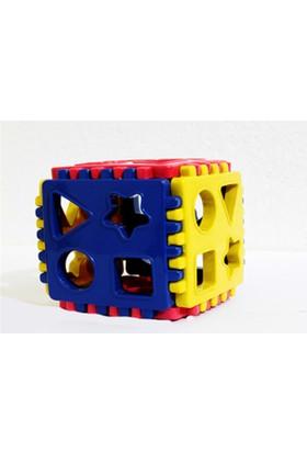 Tekreyonda 10 Parça Bul Tak Küp Lego Renkli Şekilli Ve Rakamlı